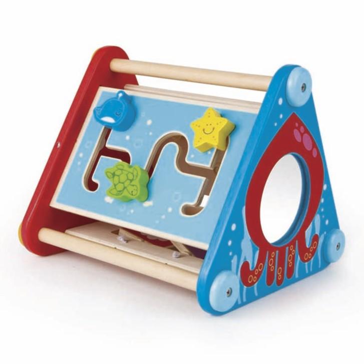 Dřevěné aktivní hračky