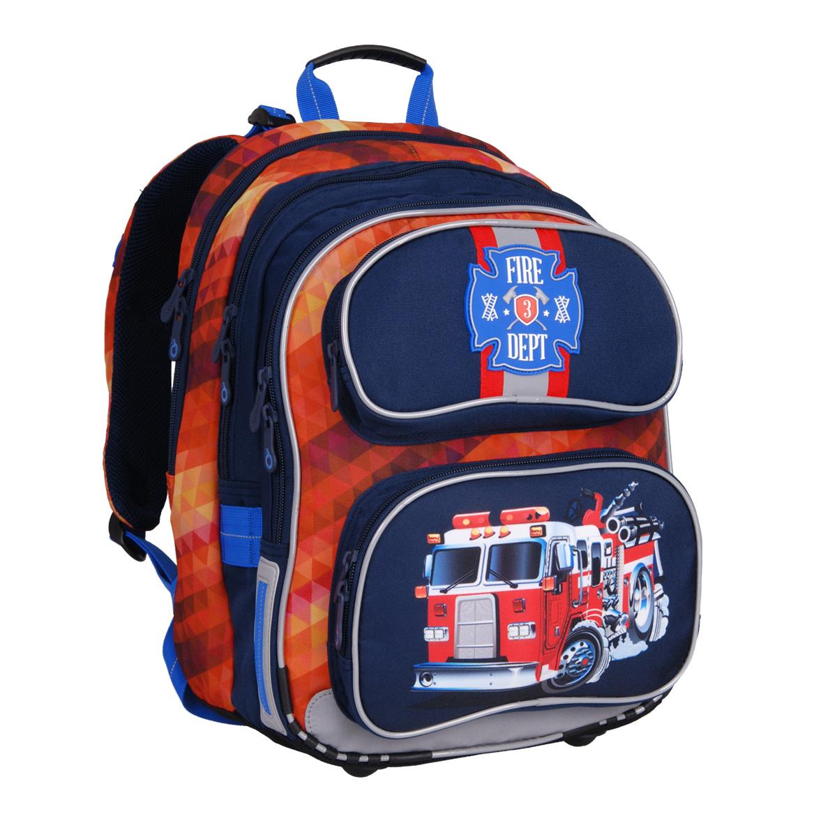 2af6bbee06a Mezi klučičími batohy je naším favoritem batoh s hasičským autem s velmi  energickou kombinací barev modrá a červená.