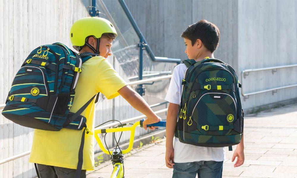 Školní batoh nebo aktovka: Ergonomicky tvarovaná záda