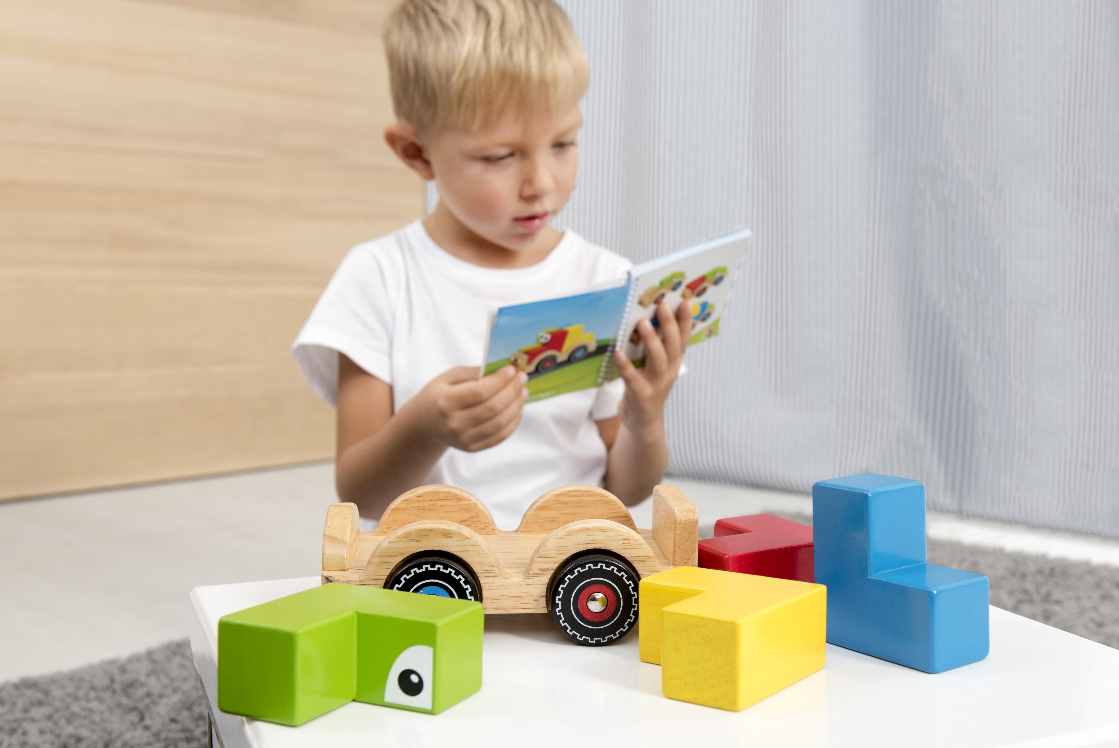 Montessori hračky a pomůcky pro každý věk